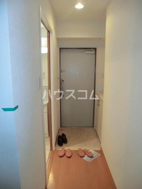 ヴィラージュ砂口 202号室の玄関