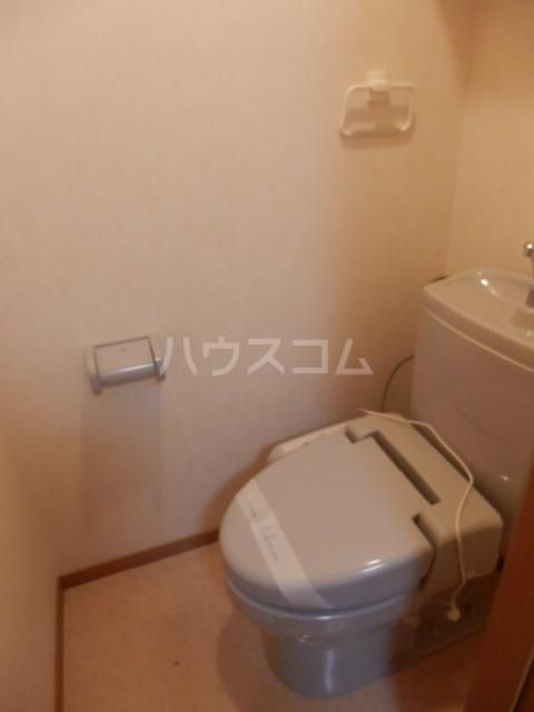 エテルノ 202号室のトイレ