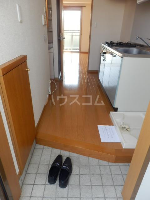 エテルノ 202号室の玄関