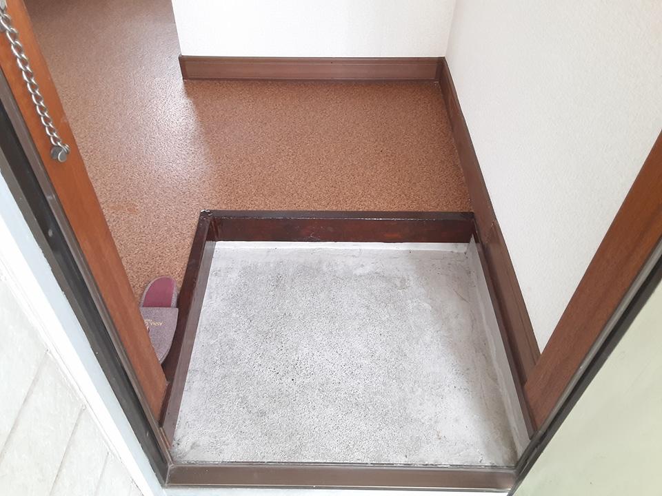 コーポ加藤 203号室の居室