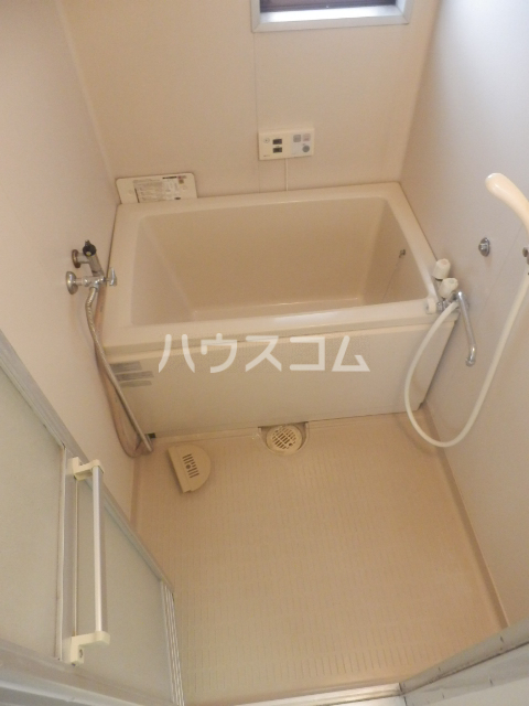 シャンポール原Ⅰ 303号室の風呂