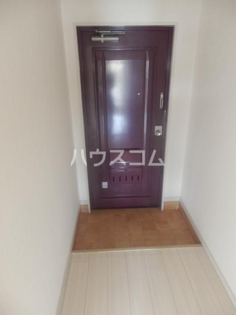シャンポール原Ⅰ 303号室の玄関