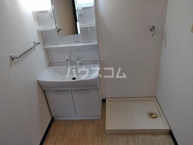 赤坪第2小菅ビル 202号室の洗面所