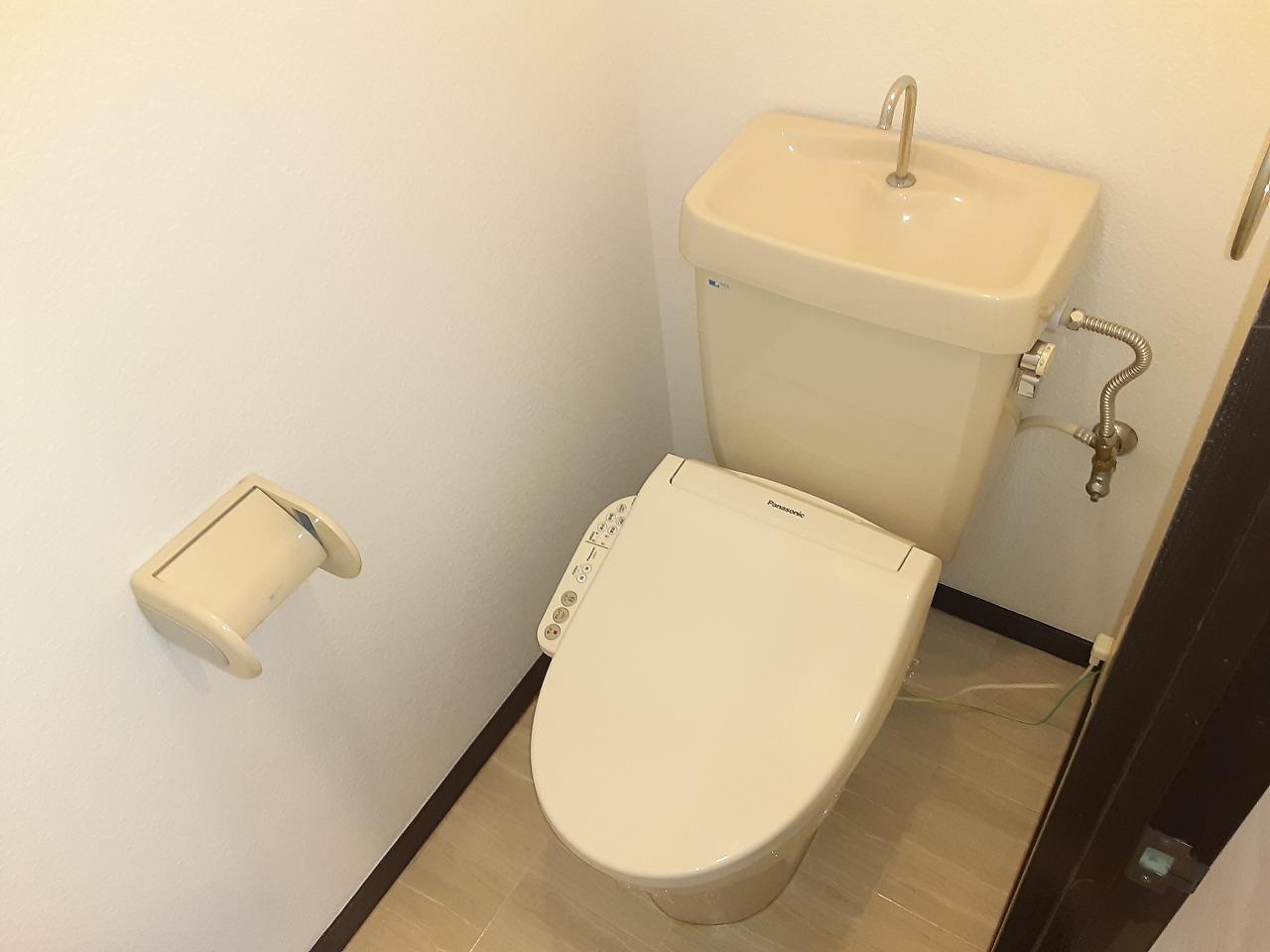 赤坪第2小菅ビル 505号室のトイレ