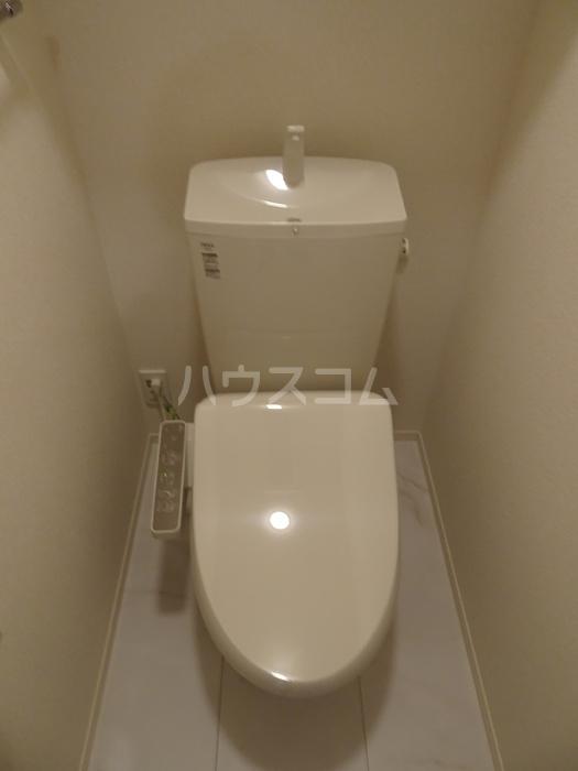 カーサ・ディ・ピーノ 205号室のトイレ