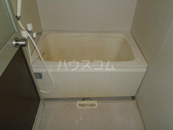 シャトー所沢 00303号室の風呂