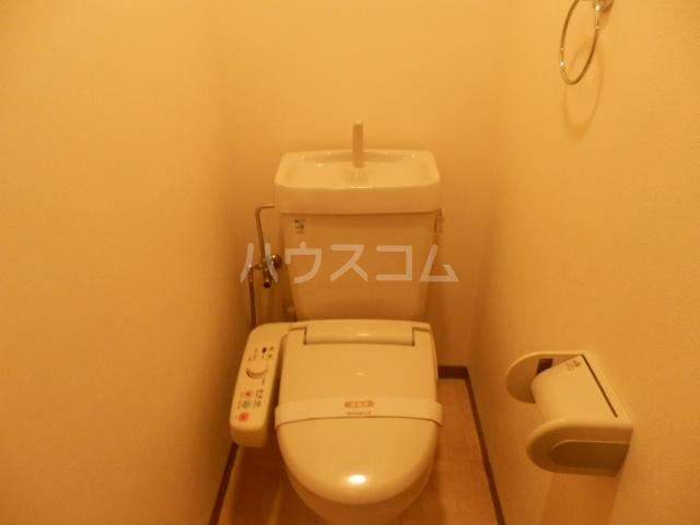 コート辻 303号室のトイレ