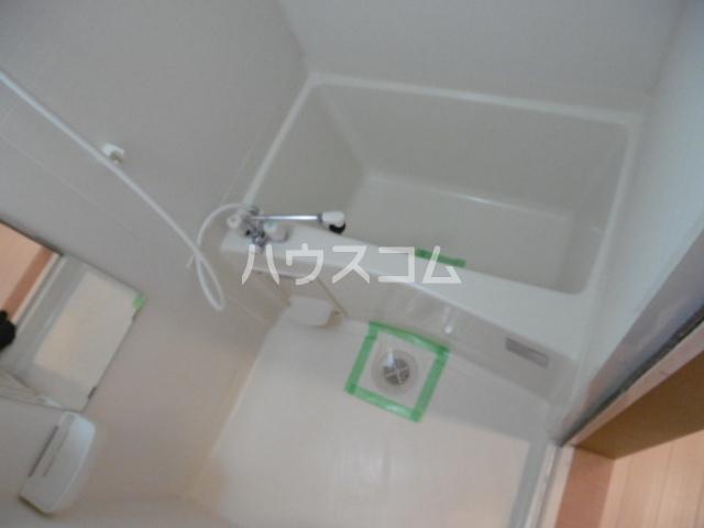 ヴィーブリアン松戸A 101号室の風呂