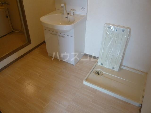 グランヒルズ横吹B 103号室の洗面所