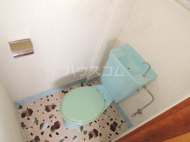 カワイハイツ 301号室のトイレ