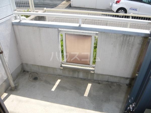 ムーニーヨーロピアン 106号室のバルコニー