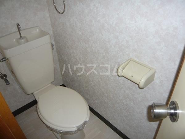 ムーニーヨーロピアン 106号室のトイレ