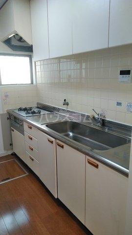 エスプリード・スガノ 102号室のキッチン