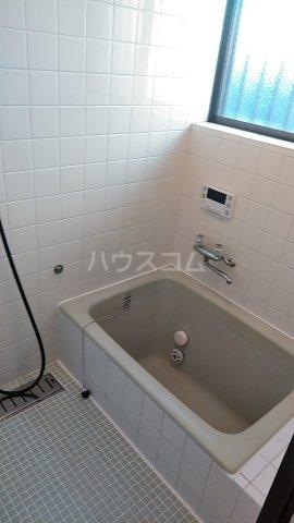 エスプリード・スガノ 102号室の風呂