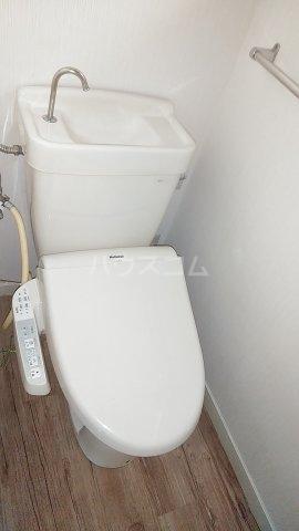 エスプリード・スガノ 102号室のトイレ