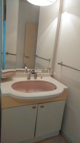 エスプリード・スガノ 102号室の洗面所