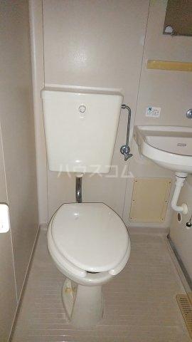 エスプリード・スガノ 201号室のトイレ