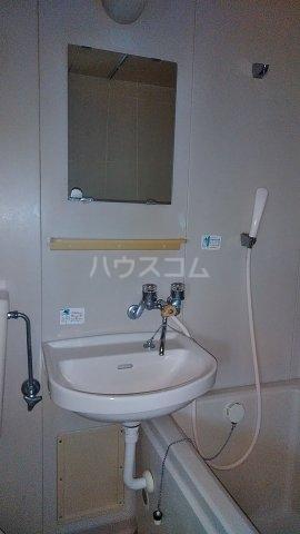 エスプリード・スガノ 201号室の洗面所