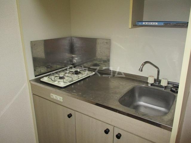 アンプルール リーブル豊 105号室のキッチン