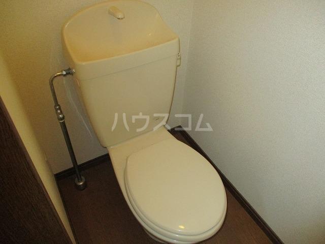 アンプルール リーブル豊 105号室のトイレ