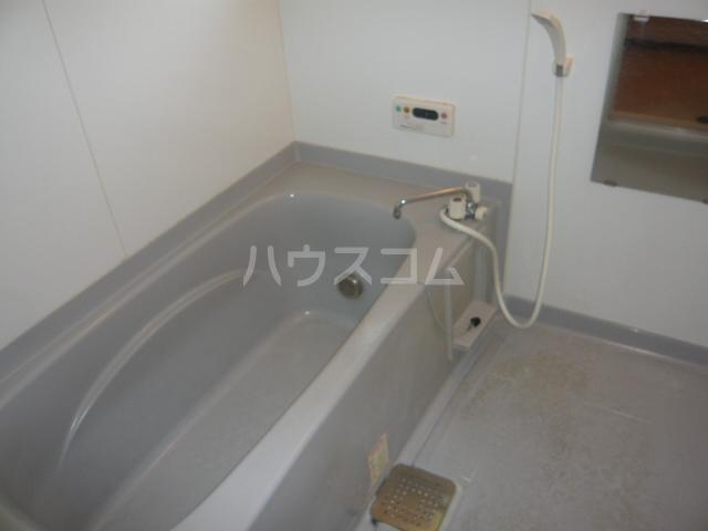 レジデンス神ノ倉C 101号室の風呂