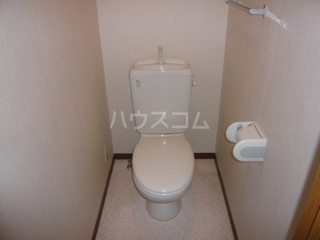 レジデンス神ノ倉C 101号室のトイレ