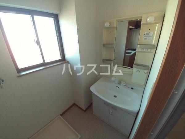 マンション チヨノ 301号室の洗面所