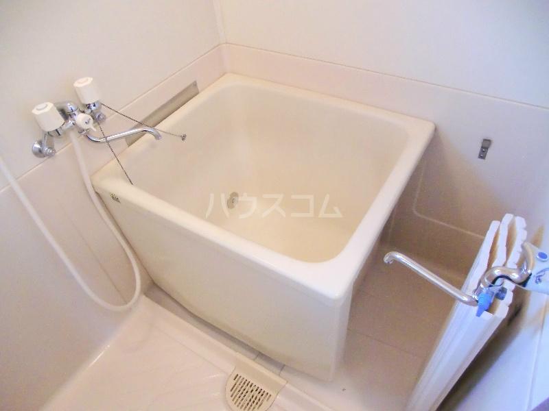 ファミールハイツ 203号室の風呂