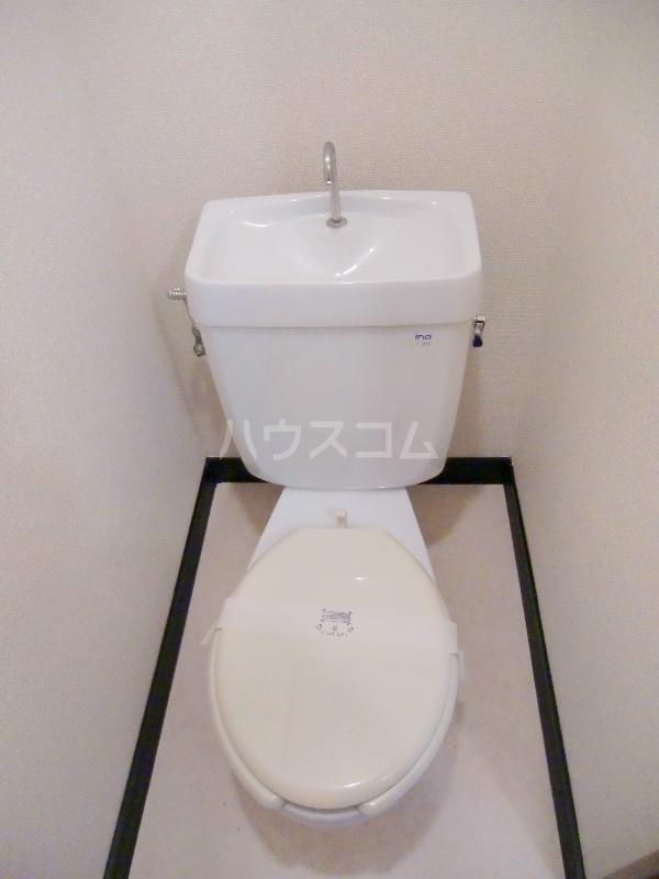 ファミールハイツ 203号室のトイレ