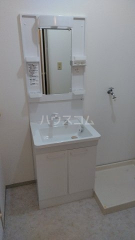 ポルクⅢ 205号室の洗面所