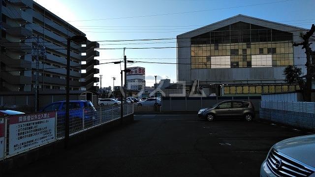 セントラルハイツ堀田 207号室の駐車場