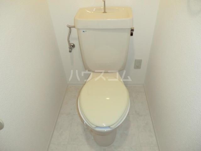 グラン・ディア新瑞 401号室のトイレ
