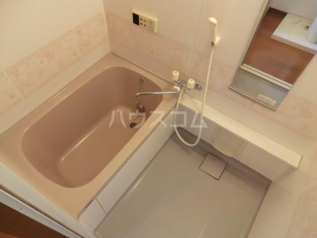 メゾン・ベール 00203号室の風呂