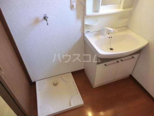 メゾン・ベール 00203号室の洗面所