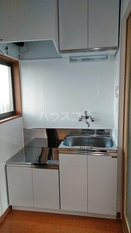 高山荘 202号室のキッチン