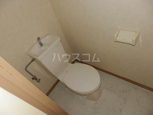 ヒルトップ天白 102号室のトイレ