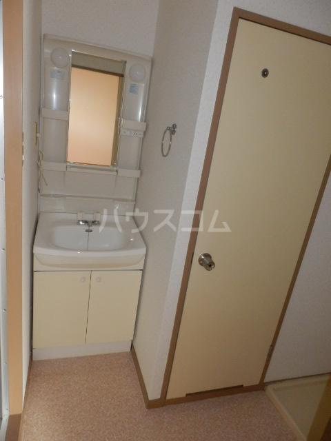 ヒルトップ天白 102号室の洗面所