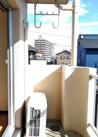 パレス菅沼 201号室のバルコニー