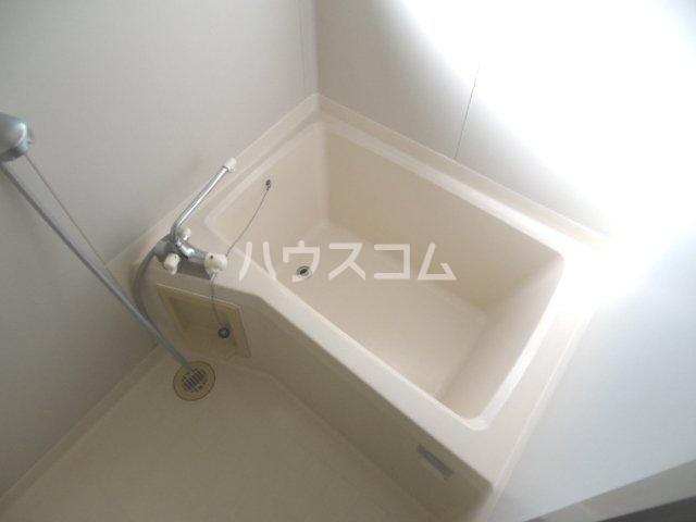 クレートメゾン土屋 102号室の風呂