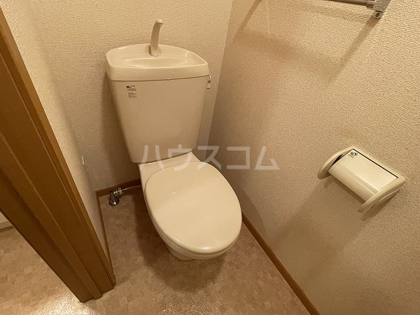 アヴニールYOU Ⅰ 102号室のトイレ