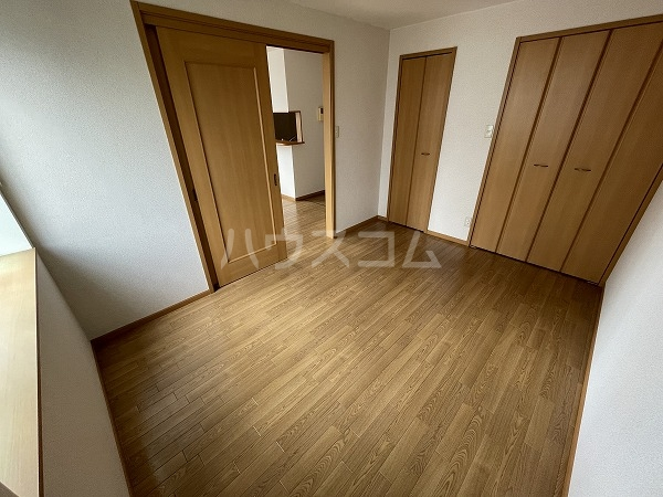 アヴニールYOU Ⅰ 102号室のベッドルーム