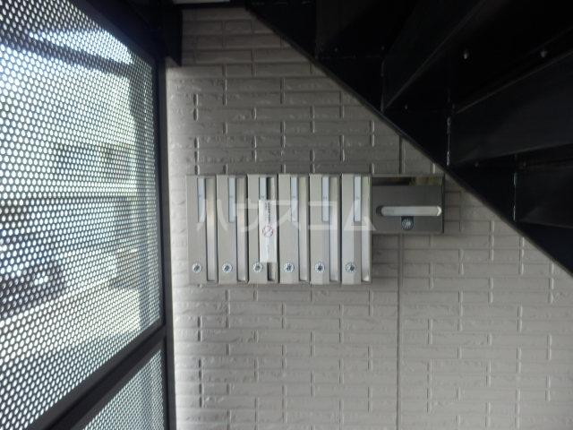 セジュールS・K 102号室のエントランス