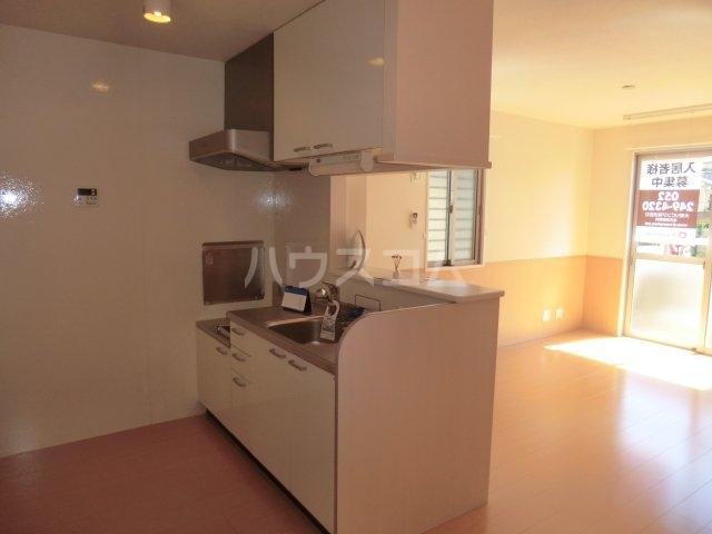 リヴェール 101号室のキッチン