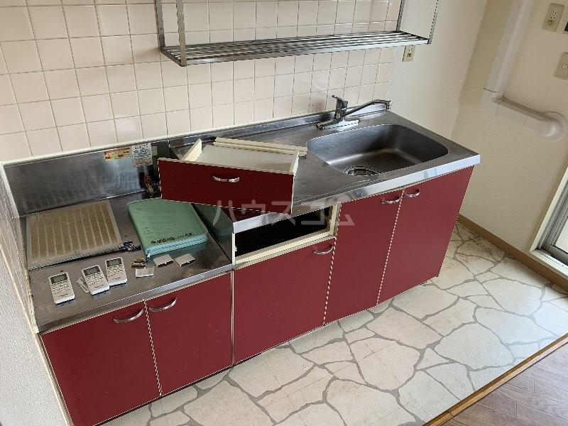 グランピニエール松戸 307号室のキッチン