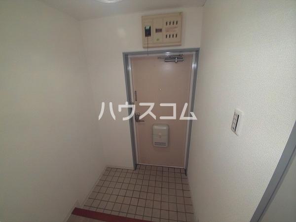 サンハウジング第1ビル 4A号室の玄関