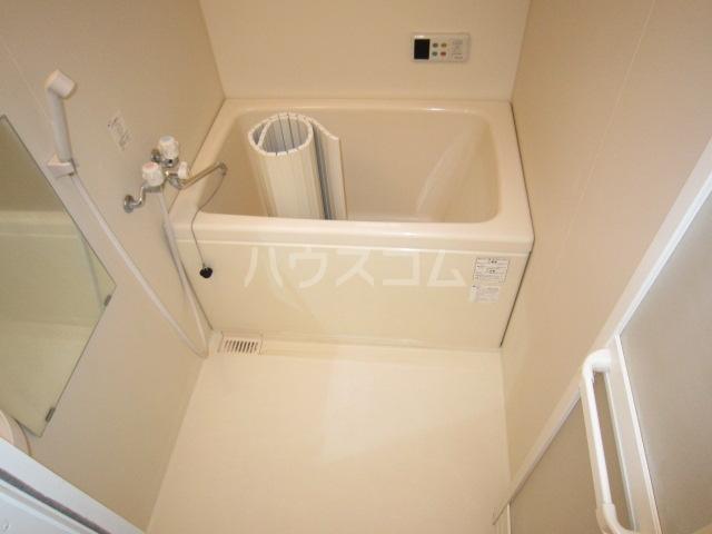 カニス高石神 205号室の風呂