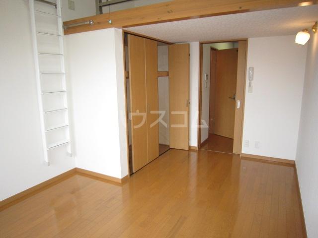カニス高石神 205号室の収納