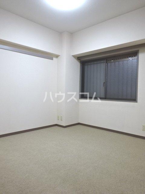 シェモア松戸 704号室の居室