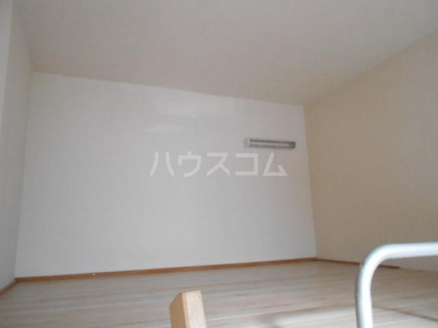レオパレス植田第2 103号室のベッドルーム