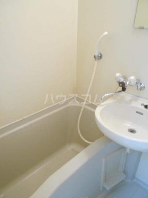 レオパレス植田第2 103号室の風呂